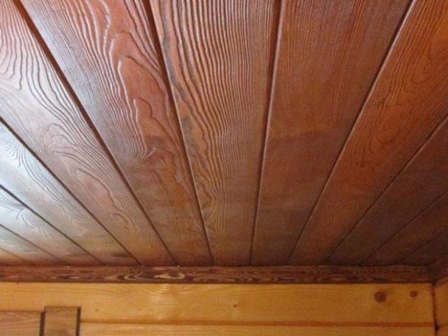 Подшивной потолок после окончания отделки