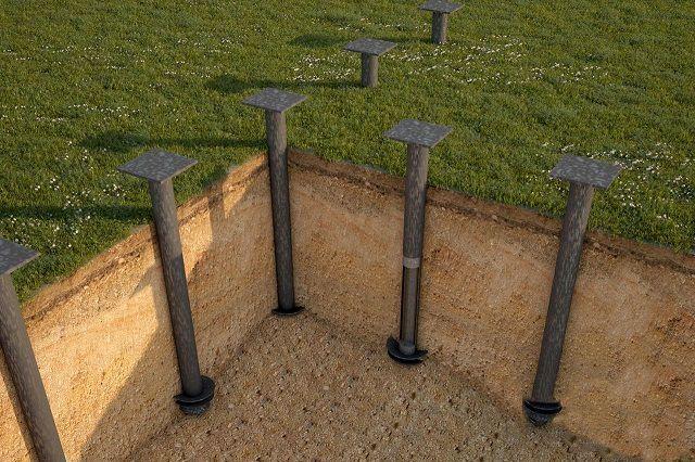 Сваи с выверенными по высоте приваренными монтажными площадками