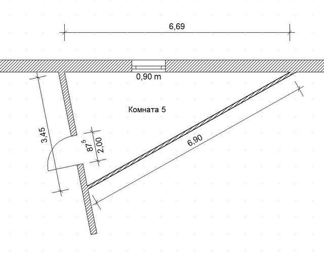 Рассчитываем площадь необычной треугольной каморки