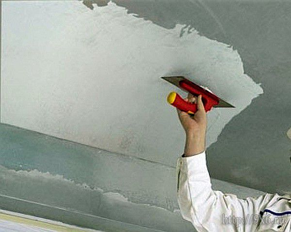 Шпаклевка потолок своими руками