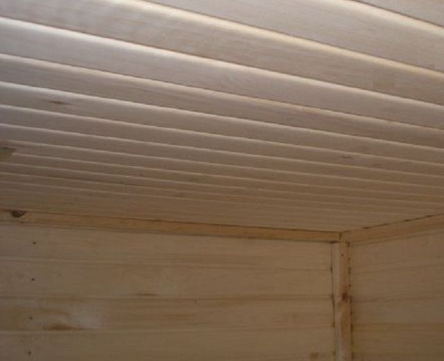 Утепленный настильный потолок