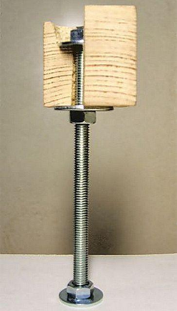 Принцип установки лаг на резьбовую стойку-шпильку