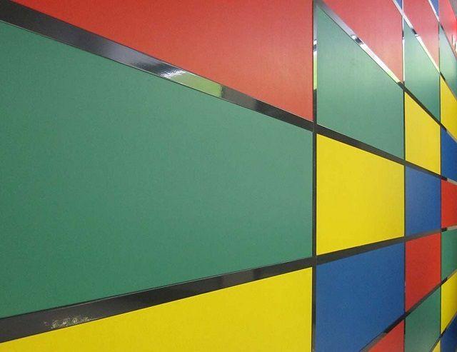 Образцы цветных гипсовиниловых панелей