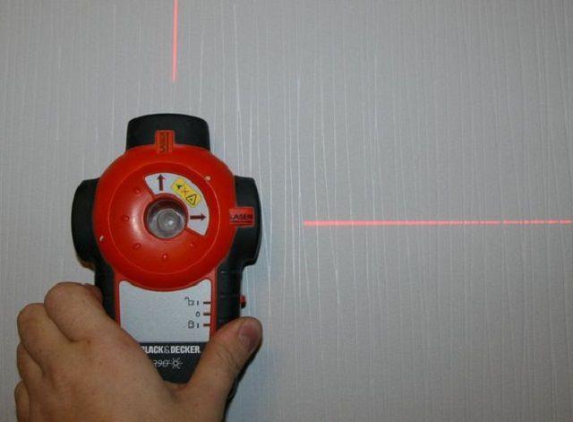 Удобнее всего проводить разметку лазерным уровнем