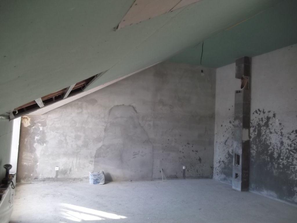 Второй этаж в однокомнатной квартире или спальня на антресоли