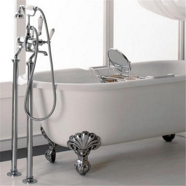 Смеситель, устанавливаемый на пол около ванны