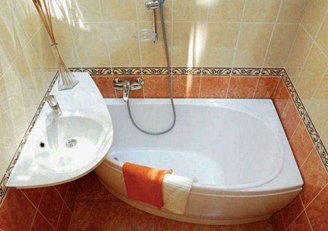 Современный ассортимент ванн позволит выбрать наиболее оптимальный вариант для конкретных условий