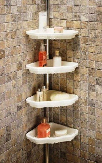 Угловая этажерка на бортике ванны