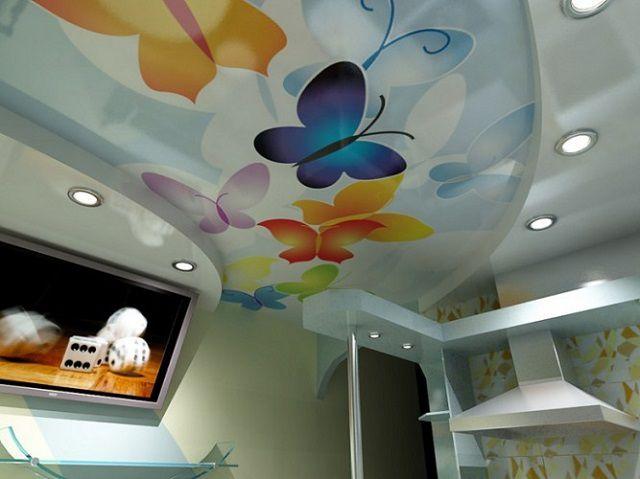 Тканевые потоки можно декорировать красками по своему усмотрению