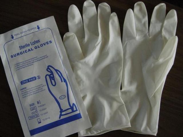 """Для """"чистоты эксперимента"""" забор пробы воды на биологический анализ проводят в стерильных перчатках"""