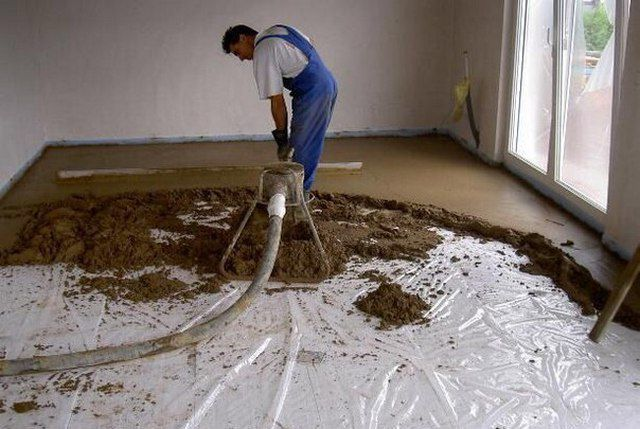 Стяжка с вермикулитом обладает повышенными термоизоляционными и шумопоглощающими свойствами