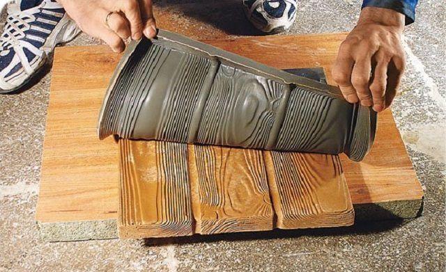 Можно сделать матрицу даже для имитации фактуры древесины