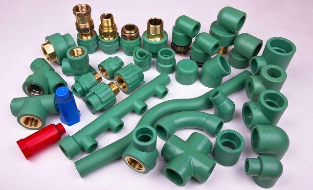 Богатое  разнообразие комплектующих для монтажа полипропиленовых труб