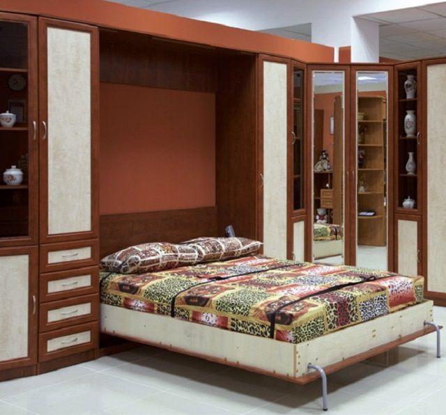 Теснота городских квартир заставляет людей все чаще делать выбор в пользу кроватей-трансформеров
