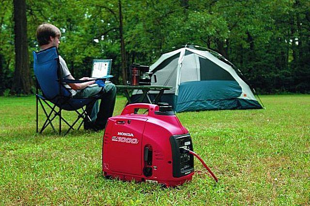 Компактный генератор позволяет организовать полноценный комфортабельный отдых на природе