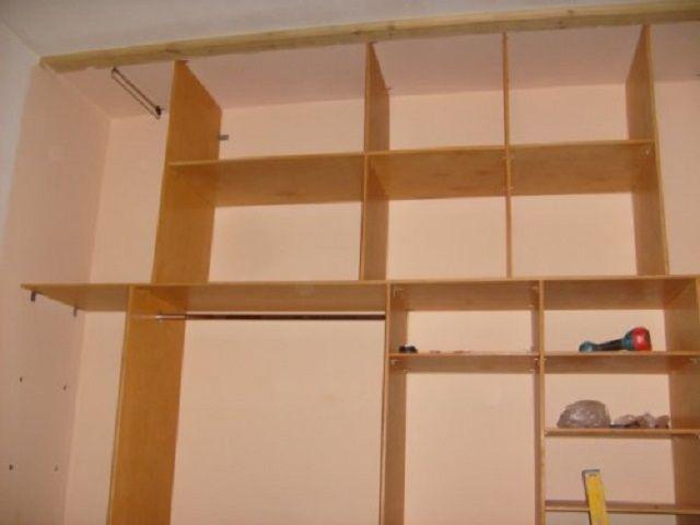 Шкаф без задней стенки, с креплением к стене