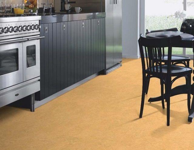 Отличное решение для тех, кто любит спокойные пастельные тона отделки кухни