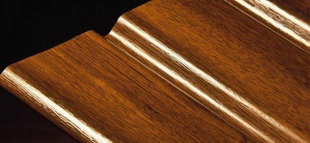 Защитно-декоративное пластизольное покрытие, имитирующее фактурный рисунок древесины