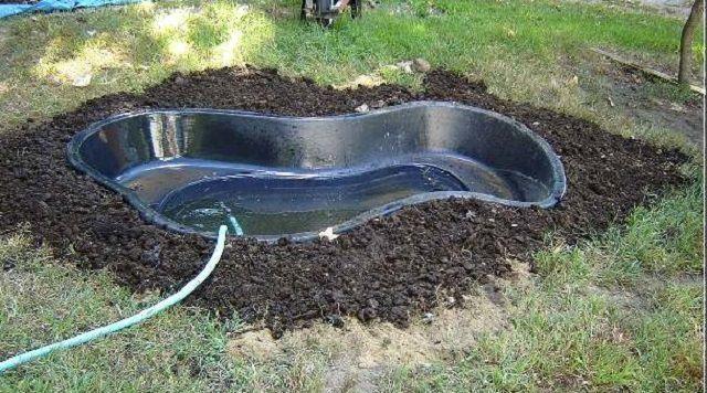 Искусственный водоем для уток из полипропиленовой емкости