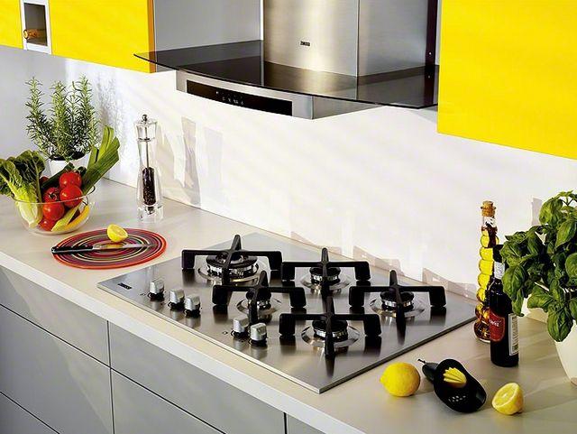 Варочные газовые панели отлично вписываются в любой стиль кухонного интерьера