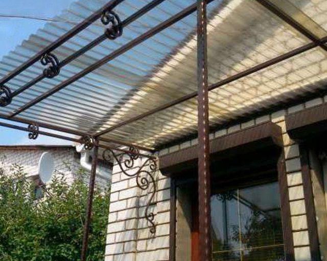 Надежная защита от осадков для террас, крылец, подъездов, входов в дом или подсобные здания