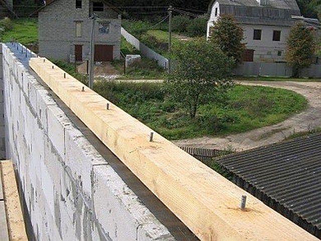 Мауэрлат для двухскатной крыши своими руками