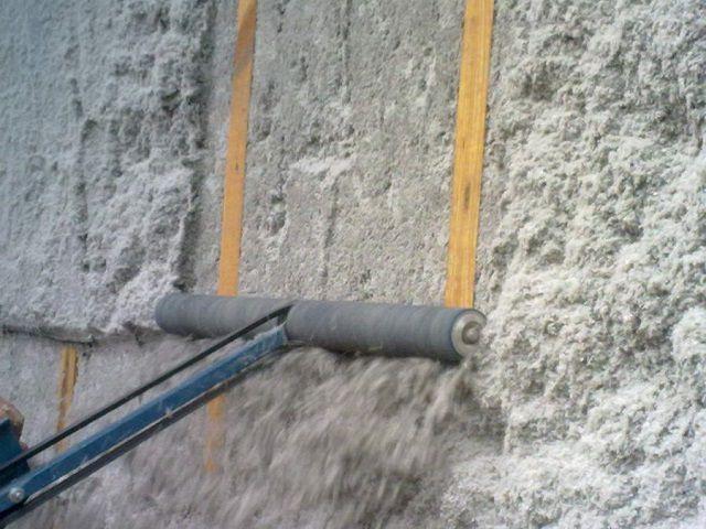 Выравнивание утепленной эковатой поверхности перед монтажом отделки
