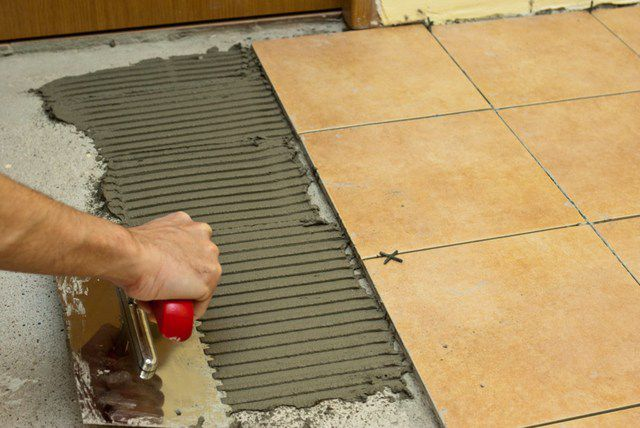 Укладка керамической плитки своими руками