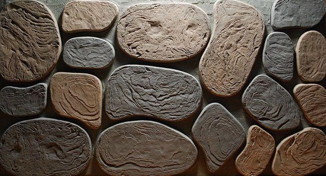 Эксплуатационные характеристики камня на основе цемента позволяют его использовать как внутри, так и снаружи здания