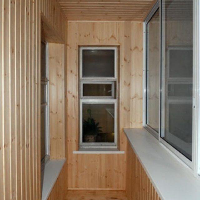 Стандартные балконы – достаточно узкие, поэтому необходимо продумать варианты полезного использования площади до мелочей