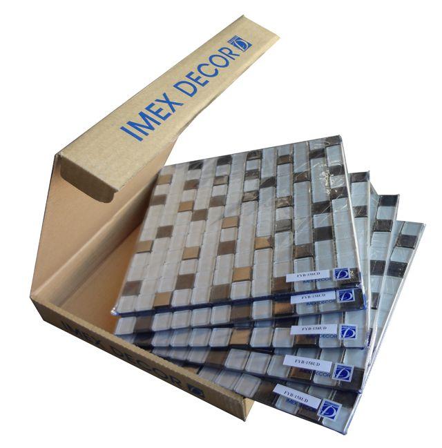 Сразу видно хорошего производителя: каждая плитка в пленке, а все они в коробке