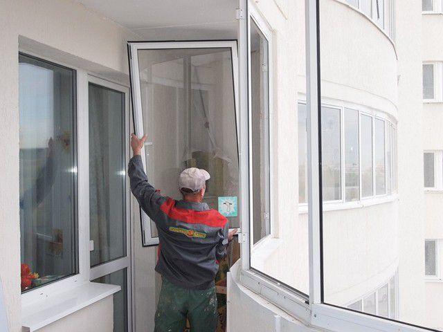 Качественные ПВХ-окна со стеклопакетами и смотрятся красиво, и с поддержанием нужного микроклимата способны справиться