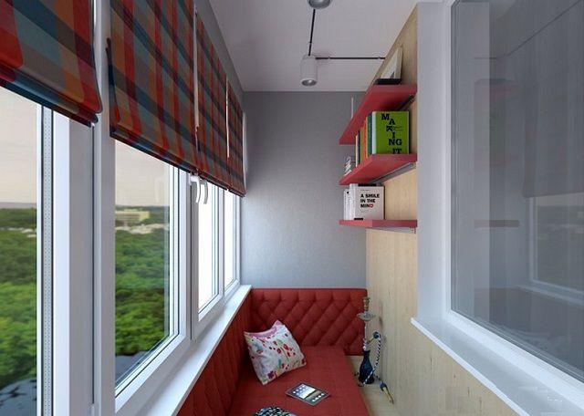 Минимализм обстановки не помещает провести на таком балконе замечательные часы отдыха