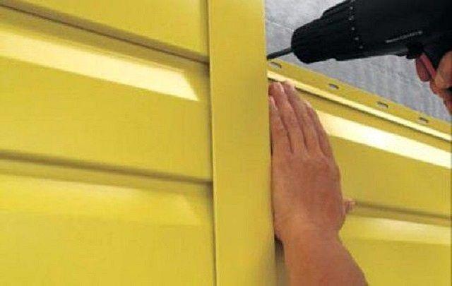 Монтаж сайдинга на стену – достаточно прост и доступен каждому