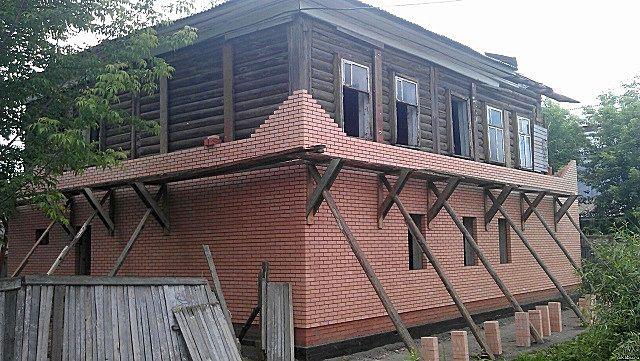 Качественная облицовка фасада кирпичом – весьма непростая задача