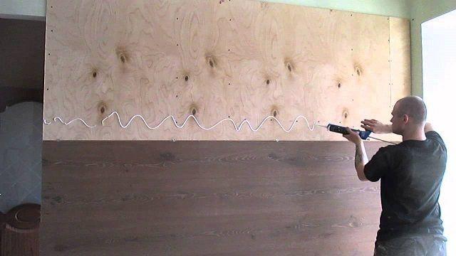 Фиксация деревянных панелей с помощью клея типа «жидкие гвозди»