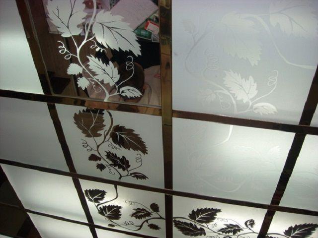 Витражный модульный потолок