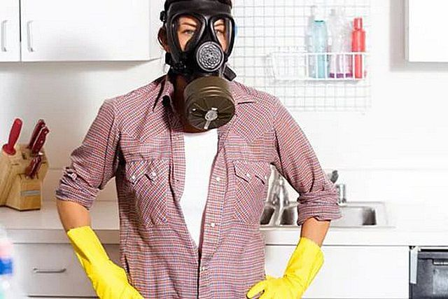 Запахи, сопровождающие жизнь человека, имеют свойство накапливаться, и без качественной вентиляции очень быстро сделают микроклимат в доме малопригодным для обитания