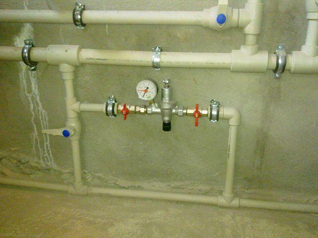 Клапан автоматической подпитки, установленный в системе