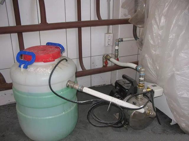 Заполнение системы отопления теплоносителем (вода)