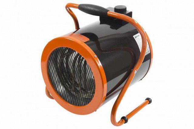 Мощные тепловентиляторы (их еще нередко именуют «тепловыми пушками») способны быстро прогреть помещения с большим внутренним объемом