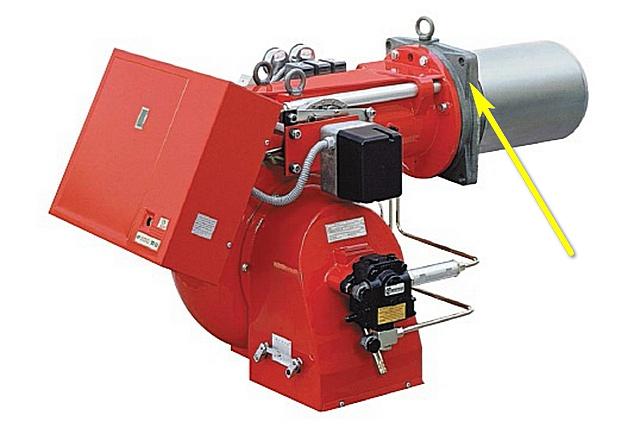 Фланец горелки с жаропрочной прокладкой позволяет надежно и герметично закрепить ее на корпусе котла после установки в камеру сгорания