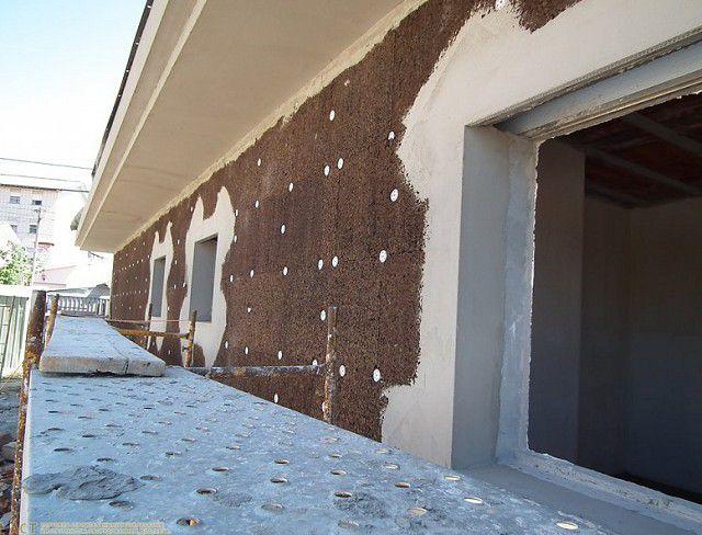 Утепление фасадной стены плитами пробкового черного агломерата