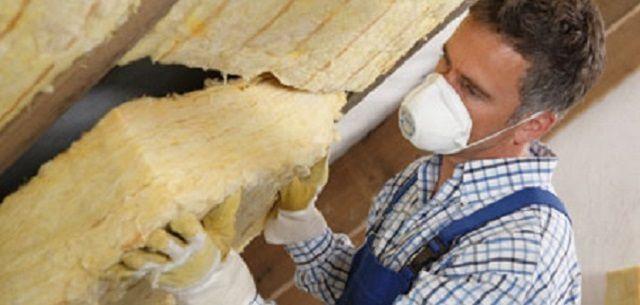Стекловата – требует повышенных мер предосторожности при укладке