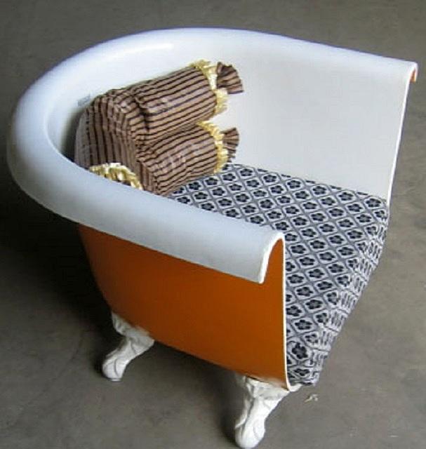 Другой подход – из одной ванны может получиться два небольших кресла