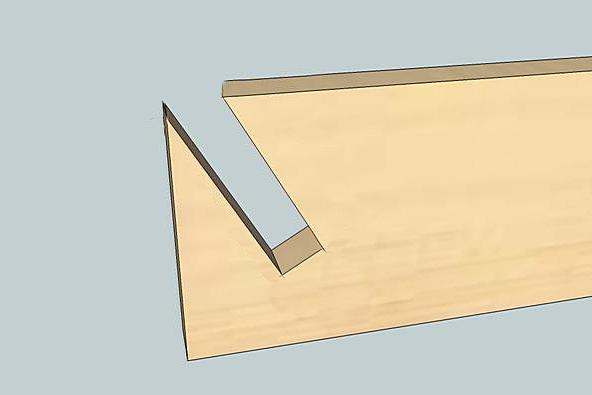 Вот такие угловые пазы должны получиться на досках, которые формируют боковые стенки компостного ящика