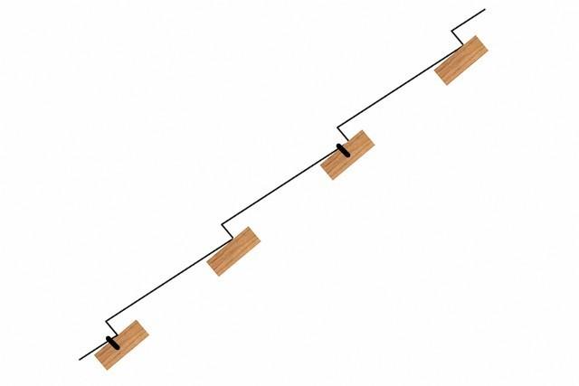 Схема, демонстрирующая, как опирается лист металлочерепицы на обрешетку.