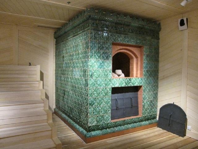 «Классическая» банная печь — весьма громоздкое сооружение, выделить для которого место получится крайне сложно, да, по большому счету, и незачем