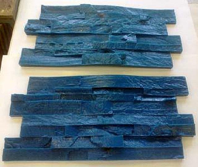 Такие полиуретановые штампы позволяют имитировать на оштукатуренной поверхности кладку из кирпича или натурального камня
