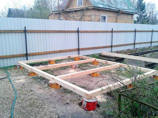 Садовый домик без фундамента своими руками 69